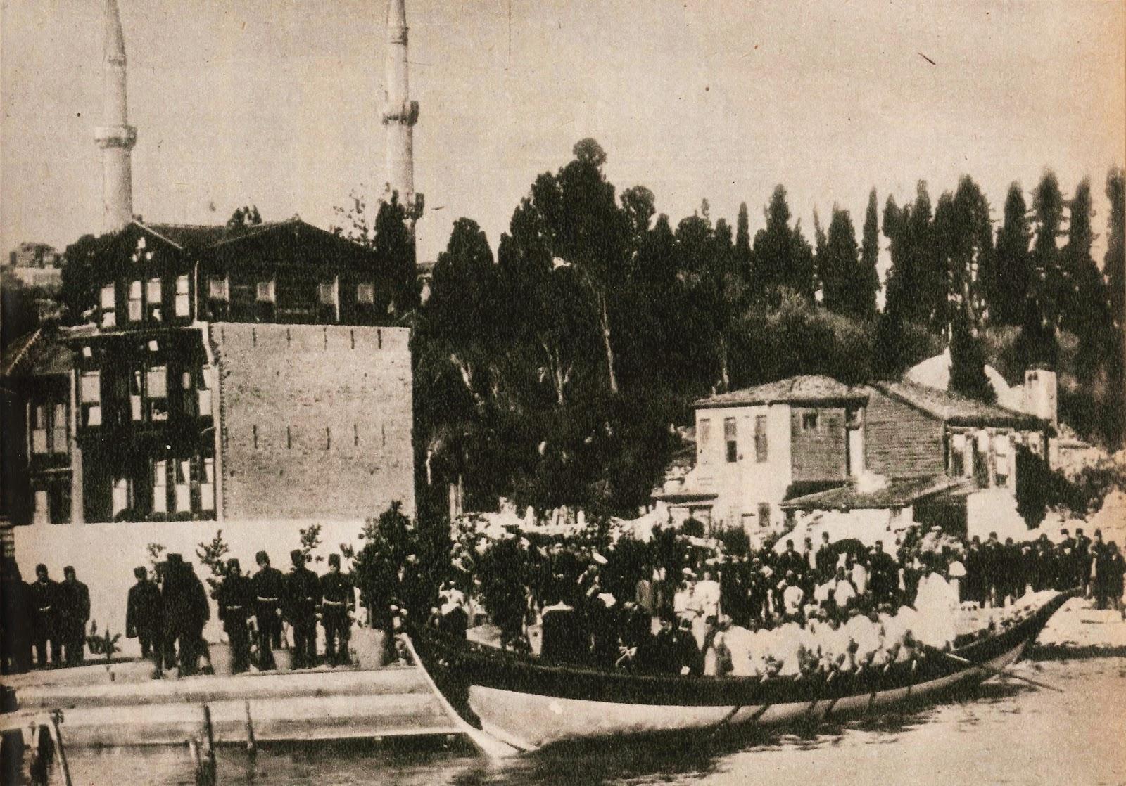 Almanya Kayzer Ziyareti İkinci Abdülhamid Hanı Memnun Etmiş. Alman İmparatoru II. Wilhelm'den Osmanlı Devleti Sultan Abdülhamid Dost Ziyareti