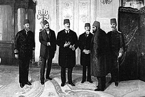 HAL'İ VE SÜRGÜN - II. Abdülhamid Han'ın, 33 yıllık saltanatının ardından 1909'da birtakım düzmece bahaneler ve iftiralarla tahttan indirildiği zaman 66 yaşındaydı.