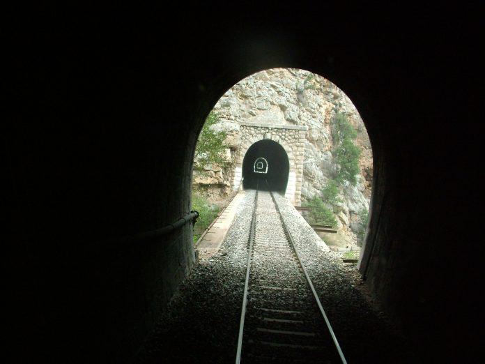 Osmanlı Demiryolu İnşasının Temel Problemleri Hicaz Treni Yolu Hicaz Tren Anadolu Bağdat Demiryolları Proje TCDD Türkiye Cumhuriyeti Devlet